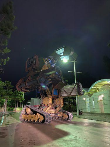 巨大ロボットMegaBotsのテレビ撮影